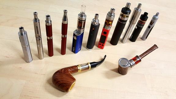 Dampf-Anfänger sind häufig von der großen Auswahl an E-Zigaretten überfordert